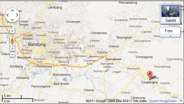 peta jalan kasar dari Bandung, tol Cileunyi, ke Curug Cinulang, sekira ...